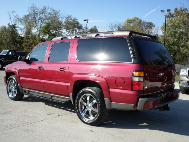 2006 chevrolet suburban z71 4x4 for sale in cincinnati oh stock 11399. Black Bedroom Furniture Sets. Home Design Ideas