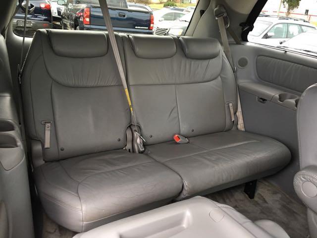 2006 Toyota Sienna XLE 7 Passenger - Photo 15 - Cincinnati, OH 45255