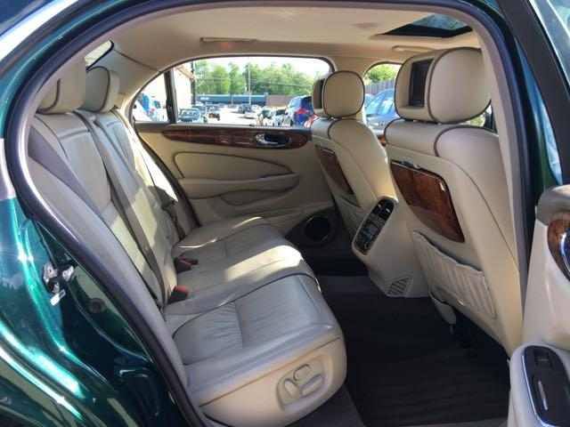 2007 Jaguar XJ8 Super V8 - Photo 9 - Cincinnati, OH 45255