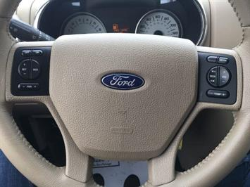 2007 Ford Explorer Sport Trac Limited 4dr Crew Cab - Photo 16 - Cincinnati, OH 45255