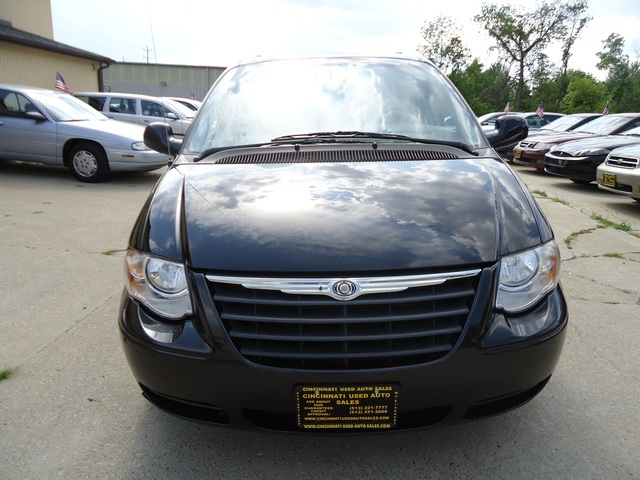 2006 Chrysler Town Amp Country Touring