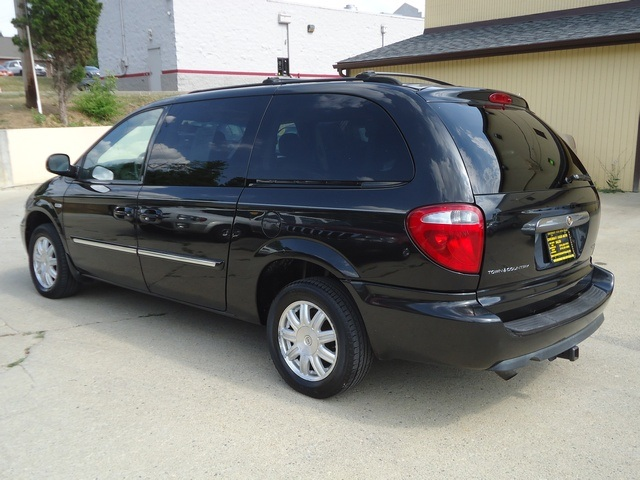 2006 chrysler town country touring. Black Bedroom Furniture Sets. Home Design Ideas