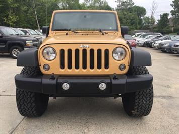 2014 Jeep Wrangler Unlimited Sport - Photo 2 - Cincinnati, OH 45255