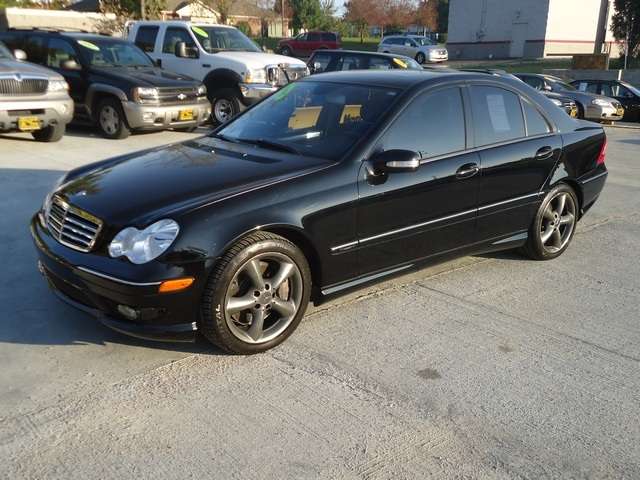 2005 mercedes benz c230 kompressor for sale in cincinnati. Black Bedroom Furniture Sets. Home Design Ideas