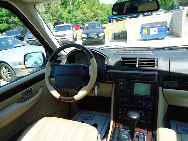 used 2002 land rover range rover 4 6 hse for sale in. Black Bedroom Furniture Sets. Home Design Ideas