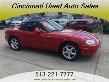 2002 Mazda MX-5 Miata - Photo 1 - Cincinnati, OH 45255