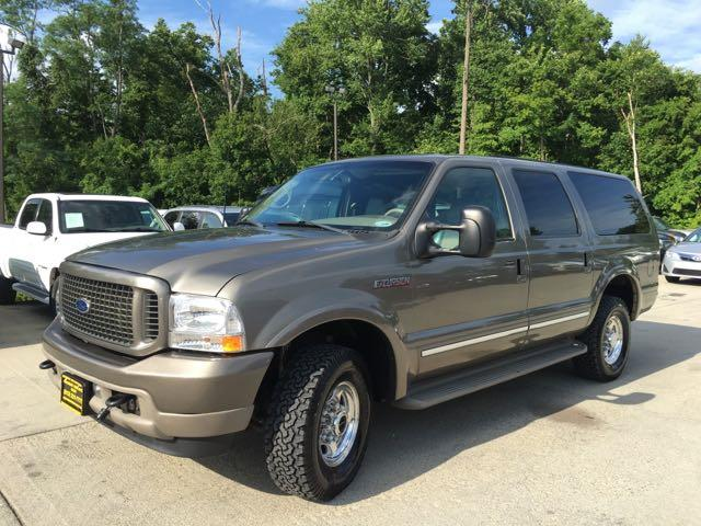 2002 Ford Excursion Limited - Photo 11 - Cincinnati, OH 45255