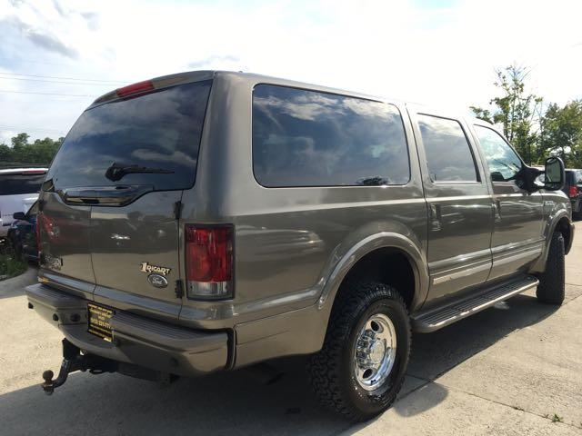 2002 Ford Excursion Limited - Photo 13 - Cincinnati, OH 45255