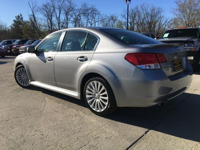 2010 Subaru Legacy 2.5GT Limited - Photo 12 - Cincinnati, OH 45255