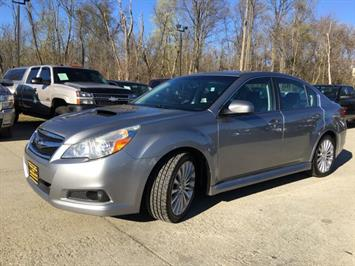2010 Subaru Legacy 2.5GT Limited - Photo 11 - Cincinnati, OH 45255