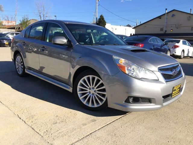 2010 Subaru Legacy 2.5GT Limited - Photo 10 - Cincinnati, OH 45255