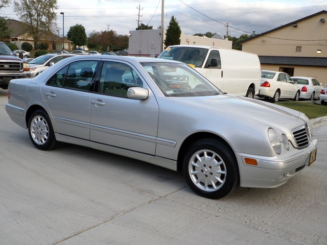 2002 mercedes benz e320 4matic for sale in cincinnati oh