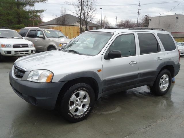 2001 mazda tribute dx v6 for sale in cincinnati oh stock tr10131. Black Bedroom Furniture Sets. Home Design Ideas
