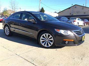 2010 Volkswagen CC Sport - Photo 10 - Cincinnati, OH 45255
