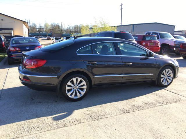 2010 Volkswagen CC Sport - Photo 6 - Cincinnati, OH 45255