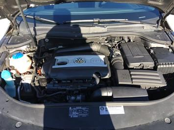 2010 Volkswagen CC Sport - Photo 31 - Cincinnati, OH 45255