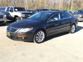 2010 Volkswagen CC Sport - Photo 3 - Cincinnati, OH 45255