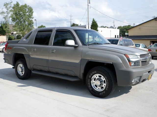 2002 chevrolet avalanche 2500 for sale in cincinnati oh stock 11324. Black Bedroom Furniture Sets. Home Design Ideas