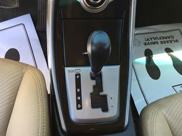 2013 Hyundai Elantra Limited - Photo 20 - Cincinnati, OH 45255