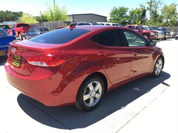 2013 Hyundai Elantra Limited - Photo 6 - Cincinnati, OH 45255