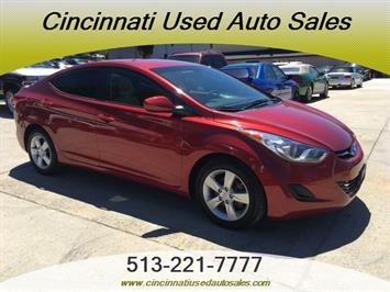 2013 Hyundai Elantra Limited - Photo 1 - Cincinnati, OH 45255