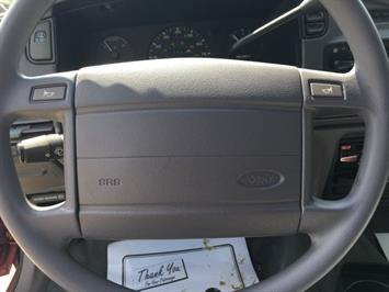 1993 Ford Taurus GL - Photo 16 - Cincinnati, OH 45255