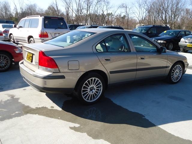 Used 2002 volvo s60 2 4t for sale in cincinnati oh cincinnati used