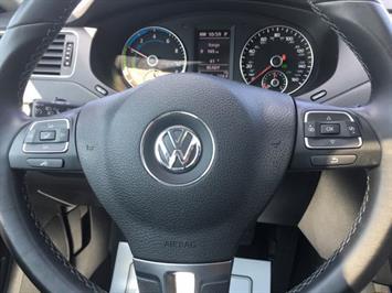 2013 Volkswagen Jetta Hybrid SEL - Photo 17 - Cincinnati, OH 45255