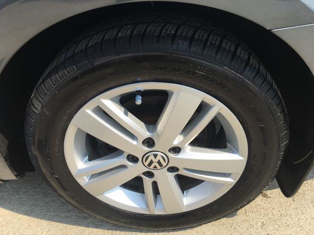 2013 Volkswagen Jetta Hybrid SEL - Photo 37 - Cincinnati, OH 45255