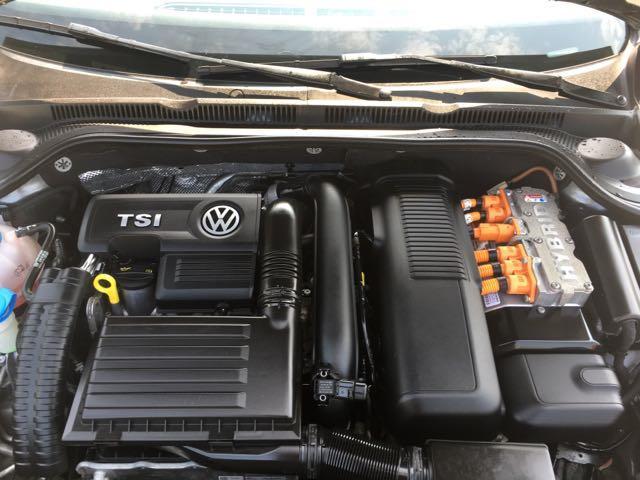 2013 Volkswagen Jetta Hybrid SEL - Photo 40 - Cincinnati, OH 45255