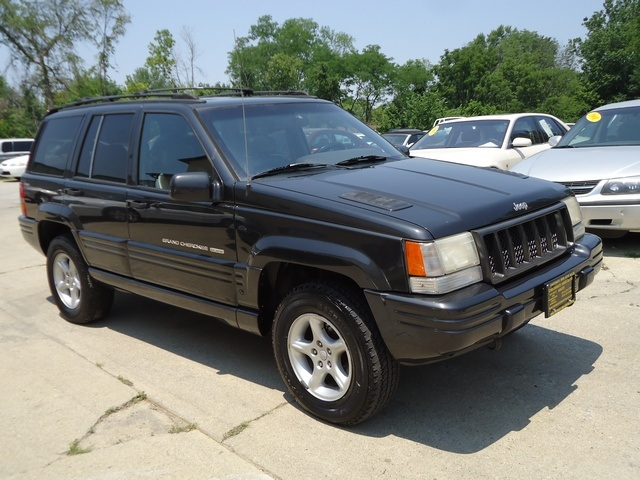 1998 jeep grand cherokee 5 9 limited for sale in cincinnati oh stock tr10120. Black Bedroom Furniture Sets. Home Design Ideas