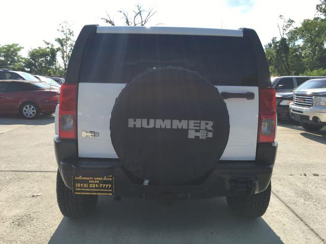 2007 HUMMER H3 Luxury 4dr SUV - Photo 5 - Cincinnati, OH 45255