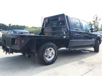 2004 Ford F-250 Super Duty Lariat 4dr Crew Cab - Photo 6 - Cincinnati, OH 45255