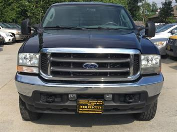 2004 Ford F-250 Super Duty Lariat 4dr Crew Cab - Photo 2 - Cincinnati, OH 45255