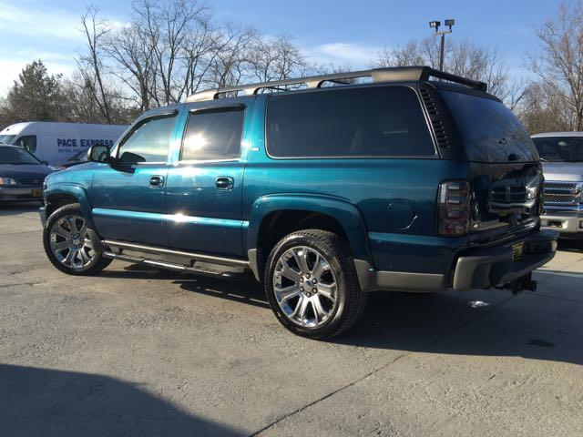 2006 chevrolet suburban lt z71 4x4 1500 suv for sale in cincinnati oh stock 12234. Black Bedroom Furniture Sets. Home Design Ideas