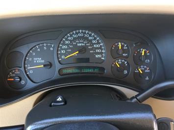 2005 Chevrolet Silverado 2500 LS 4dr Extended Cab LS - Photo 16 - Cincinnati, OH 45255