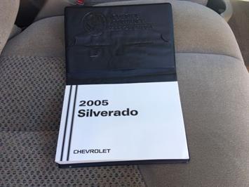 2005 Chevrolet Silverado 2500 LS 4dr Extended Cab LS - Photo 24 - Cincinnati, OH 45255