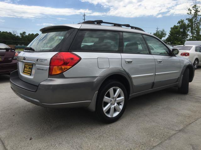 2006 Subaru Outback 2.5i Limited - Photo 13 - Cincinnati, OH 45255