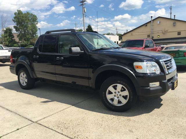 2008 Ford Explorer Sport Trac XLT - Photo 11 - Cincinnati, OH 45255