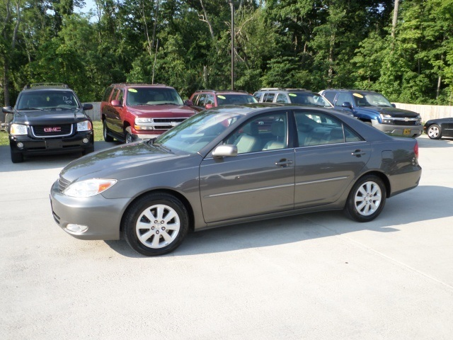 2004 toyota camry xle v6 for sale in cincinnati oh stock tr10192. Black Bedroom Furniture Sets. Home Design Ideas