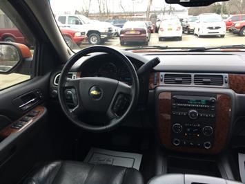 2007 Chevrolet Avalanche LTZ 1500 Crew Cab - Photo 7 - Cincinnati, OH 45255