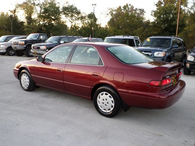 1999 toyota camry ce for sale in cincinnati oh stock tr10160. Black Bedroom Furniture Sets. Home Design Ideas