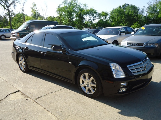 2005 cadillac sts for sale in cincinnati oh stock 10961. Black Bedroom Furniture Sets. Home Design Ideas