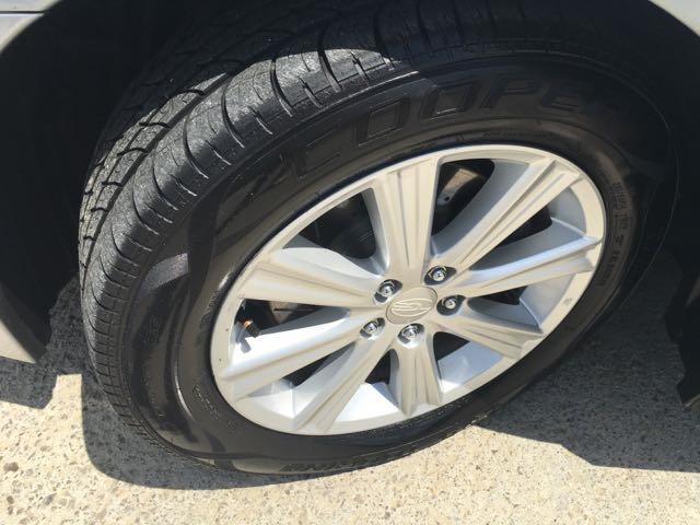 2011 Subaru Legacy 2.5i Premium - Photo 31 - Cincinnati, OH 45255