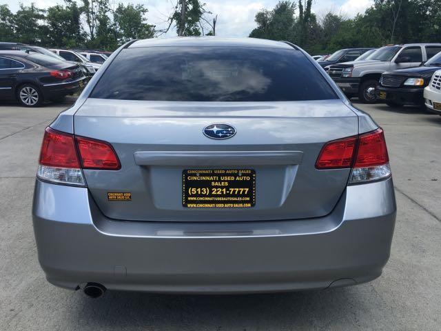 2011 Subaru Legacy 2.5i Premium - Photo 5 - Cincinnati, OH 45255