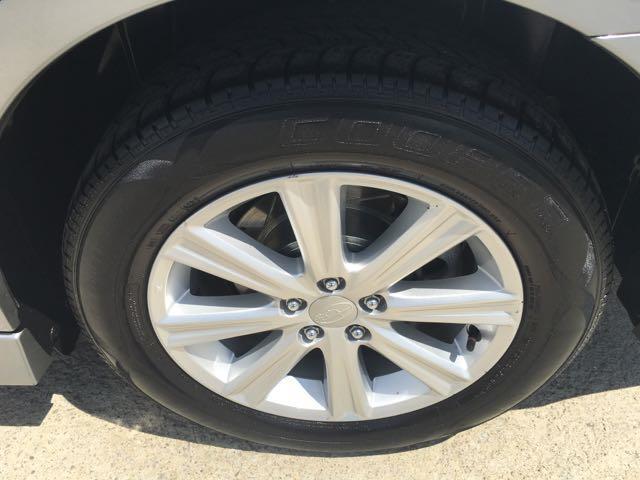 2011 Subaru Legacy 2.5i Premium - Photo 32 - Cincinnati, OH 45255