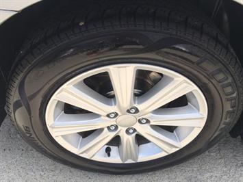 2011 Subaru Legacy 2.5i Premium - Photo 33 - Cincinnati, OH 45255
