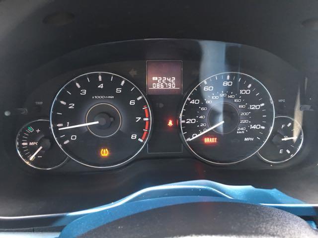 2011 Subaru Legacy 2.5i Premium - Photo 17 - Cincinnati, OH 45255