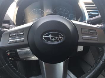 2011 Subaru Legacy 2.5i Premium - Photo 16 - Cincinnati, OH 45255
