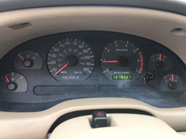 2001 Ford Mustang Convertible - Photo 15 - Cincinnati, OH 45255
